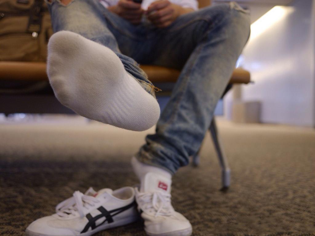 socks et asics
