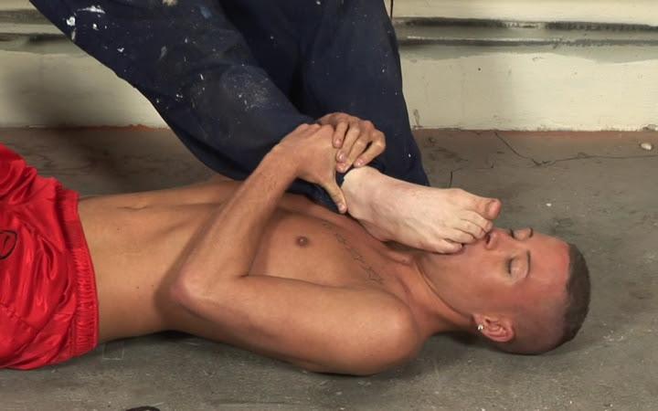 gay sneakers porno (5)