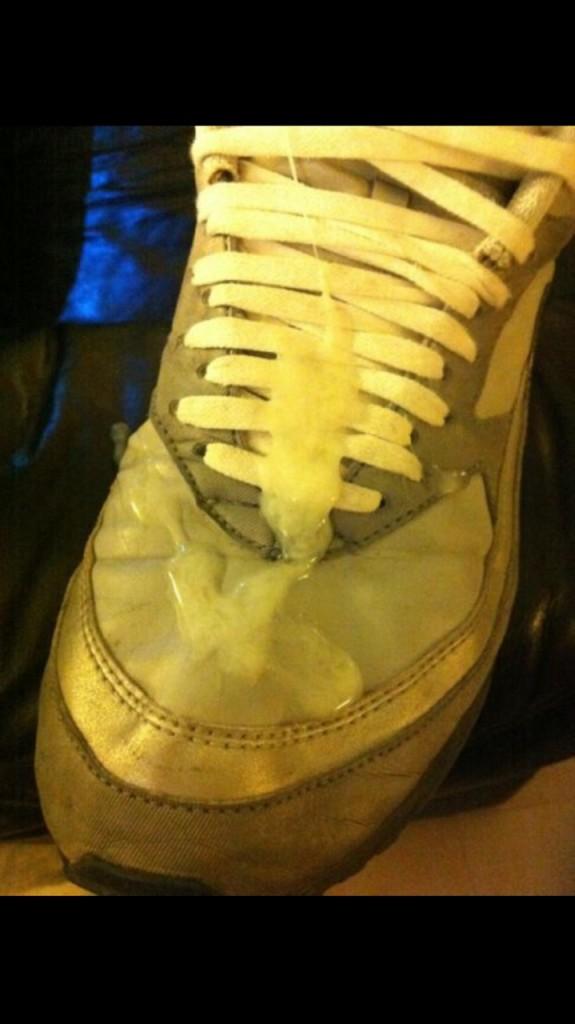 sneakers-gay-porn-cum (9)