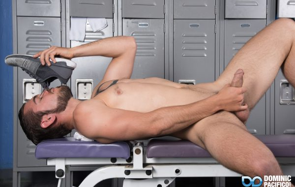 LOCKER ROOM SNIFF